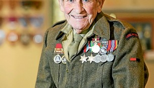 Sole survivor: Former soldier Tom Jones is the last surviving WWII prisoner-of-war at Longbeach RSL. Picture: Gary Sissons